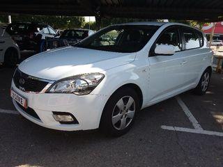 AU422190 KIA Ceed 1.6 CRDi Concept 2011