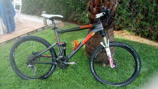 bicicleta KTM de fibra de Carbono