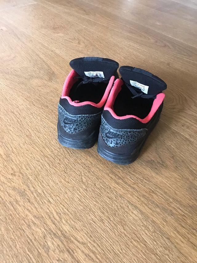 Nike Air Max talla 37,5