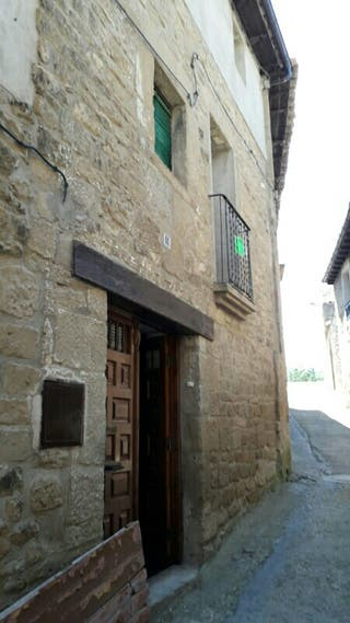 Casa en municipio de Uncastillo (Zaragoza)