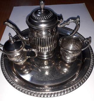 juego de té bañado en plata