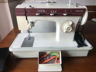 Máquina de coser Singer 870/960