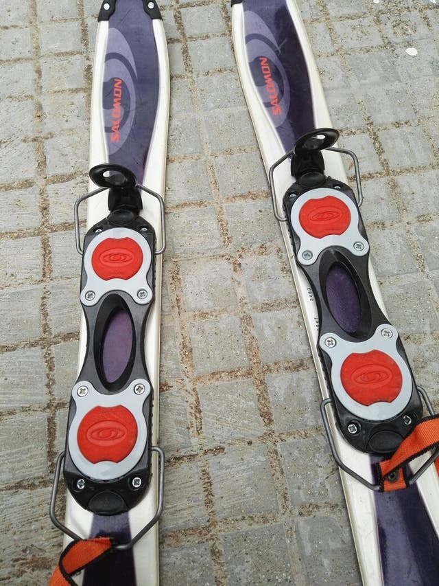snowbalde Salomon, skis 90cm ,para adultos