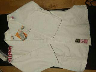 kimono judo chica talla 150, nuevo. Con etiquetas