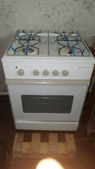 Cocinas de gas con horno de segunda mano en wallapop for Cocina de gas con horno electrico