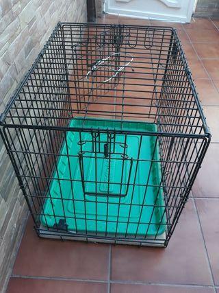 jaula de metal para perro
