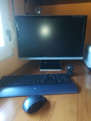 Ordenador + torre+ratón +teclado +webcam