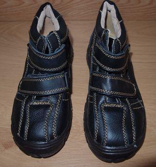 Zapatos de piel niño Nº 34