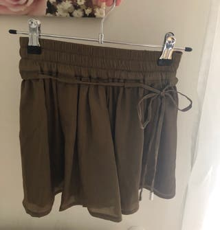 Falda-pantalón verde militar en talla XS