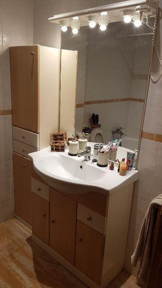 Conjunto muebles baño Armario Lavabo Griferia