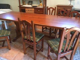 Juego mesa y 8 sillas