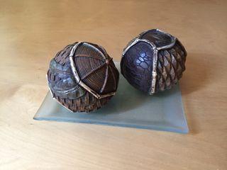 Esferas decorativas de madera