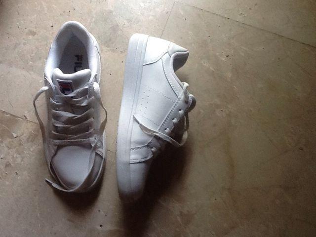 Zapatillas Fila Blancas N40 De Segunda Mano Por 15  U20ac En