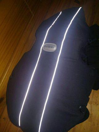 Mochila portabebes marca Baby Bjorn