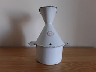 ANTIGÜEDAD. Inhalador de vapores en porcelana