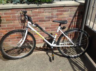 Bicicleta de montaña ORBEA + Casco