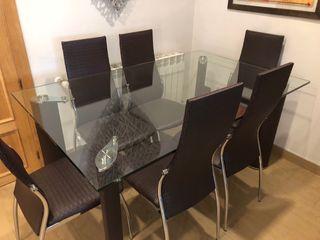 Mesa comedor de cristal con 6 sillas a juego