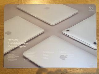 """A estrenar funda protectora MacBook Pro 15"""""""