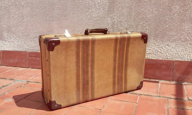 Maleta Antigua Vintage Década De Los Años 50 De Segunda Mano Por 45 En Vilafranca Del Penedès En Wallapop