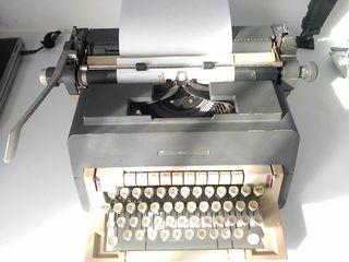 maquina escriure / escribir Olivetti Linea 98