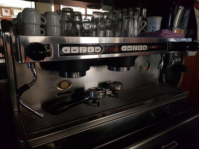 Cafetera Cimbali M22 plus