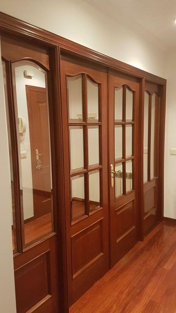 Puertas Entrada Salon Madera Noble Y Vidrio Reflex De Segunda Mano - Salon-madera