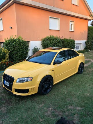 Audi RS4 b7 v8