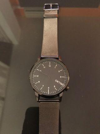 Reloj de metal analógico cuarzo
