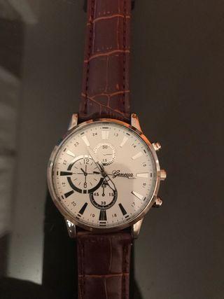 Reloj de pulsera de cuarzo analógico