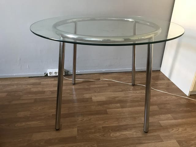 Mesa comedor de cristal, ikea de segunda mano por 90 € en Barcelona ...