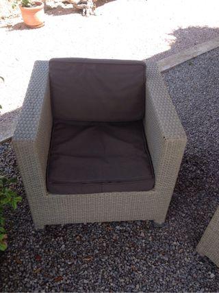 Sofa con dos butacas terasa.