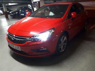 Opel Astra octubre 2015