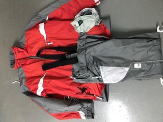 Conjunto ski quechua con capucha