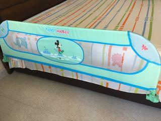 Baranda grande para cama