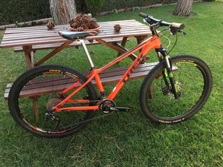 Bicicleta trek superfly 7 27,5