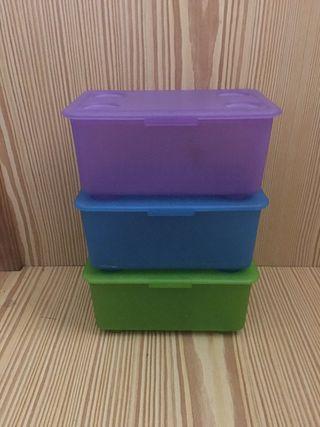 Cajitas de plástico