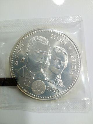 Moneda 12e plata, enlace Felipe y Letizia 2004
