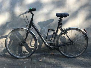 Bicicleta alemana de paseo marca GUDEREIT.
