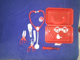 maletin medico juguete