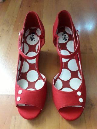 Zapato mujer Keds rojo n°41, NUEVOS!!!