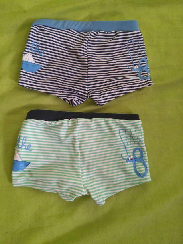 0fe42320e871 Bañador 2x1, para bebes de 1 año de segunda mano por 2 € en Silla en ...