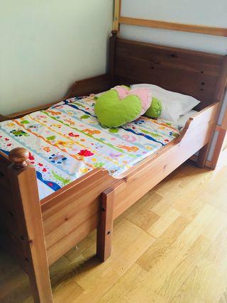 Cama extensible Ikea con colchón