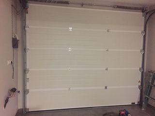 Puerta seccionable automatica