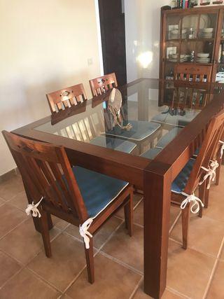 Conjunti mesa y sillas teka