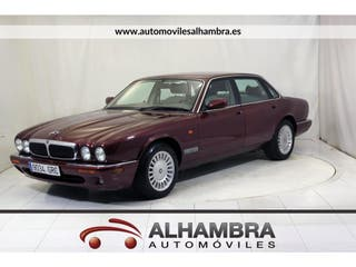 Jaguar XJ 8 3.2 EXECUTIVE