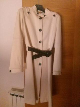 Cardigan o abrigo Roberto Verino