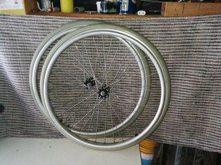 ruedas de carro minusvalidos