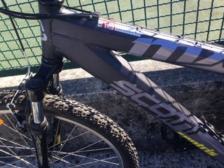 Bici de montaña marca SCOTT