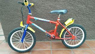 bicicleta marca BH de niño