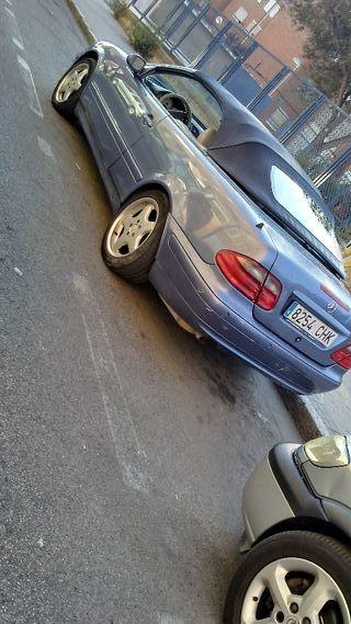Mercedes-Benz CLK 2002